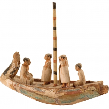 MAEC Cortona | Barca funeraria in legno